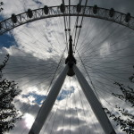 LARGE FARIS WHEEL ENGLAND